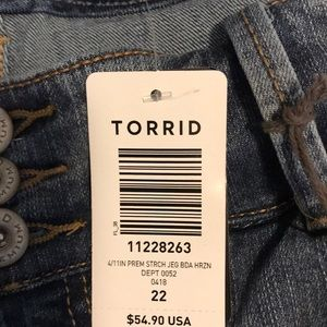 torrid Shorts - BRAND NEW! Jegging Bermuda shorts!